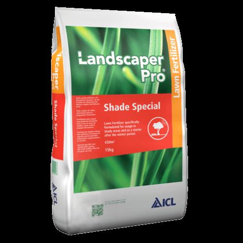 Landscaper Pro Shade Special 2-3 hó 11-5-5+ 8Fe 15 kg prémium gyepműtrágya a moha ellen